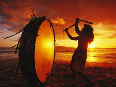 https://thecarrendarchronicles.files.wordpress.com/2013/03/mark-cosslett-native-hawaiian-man-beats-his-drum-on-makena-beach-at-sunset255b1255d.jpg